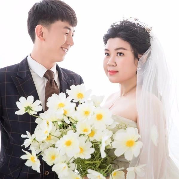 曹超&宿曉 婚禮邀請函微頁模板